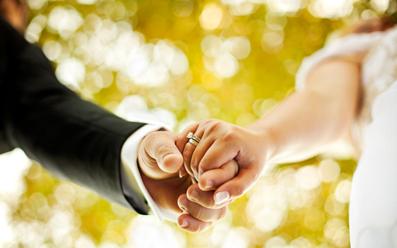 در دوران نامزدی چگونه باشیم؟,در دوران عقد چگونه باشیم؟,اخلاقمات در دوران نامزدی باید چگونه باشد