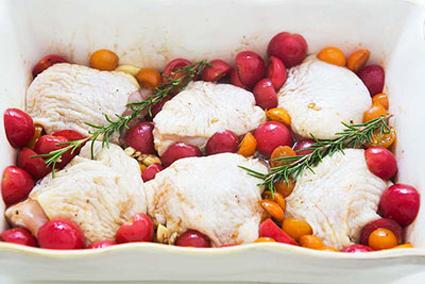 طرز تهیه ران کبابی با گوجه,مواد لازم برای ران کبابی با گوجه