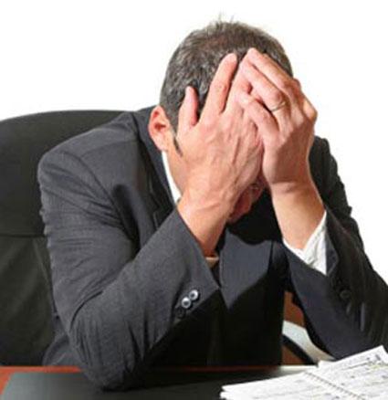 افراد وابسته به کار,وابستگی بدخیم به کار,همکاران وابسته به کار,تمایل شدید به کار