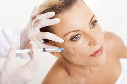تزریق بوتاکس به زیر پوست,ممنوعیت تزریق بوتاکس,بوتاکس و افتادگی پلک