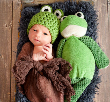 آموزش بافت کلاه بچه گانه عروسکی,بافت کلاه شبیه حیوانات,بافت لباس شبیه حیوانات,بافت کلاه بچه گانه شبیه قورباغه